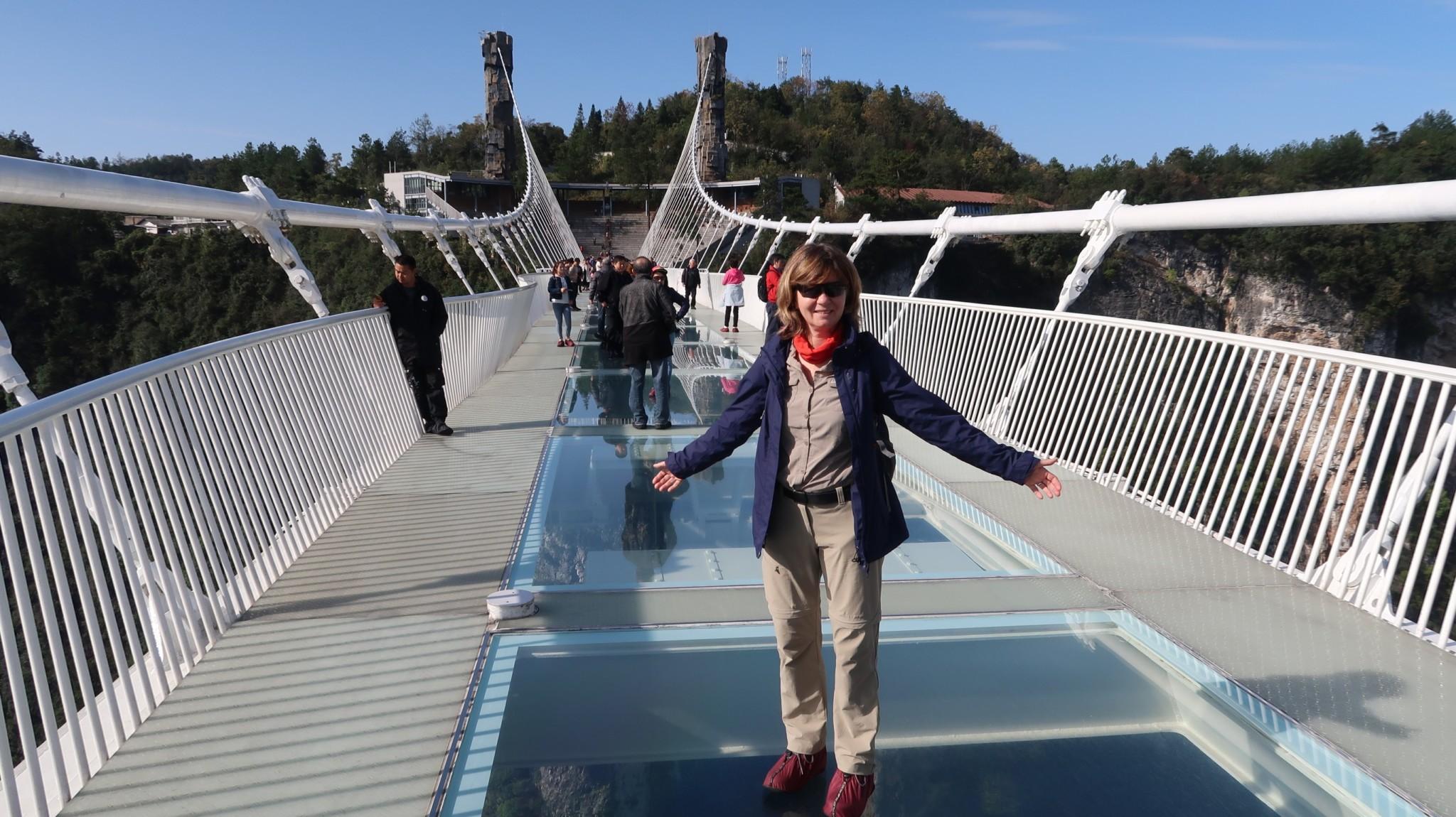 Glasboden-Brücke in Zhangjiajie