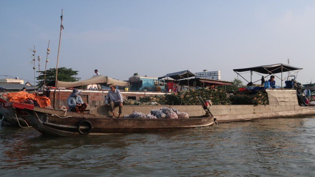Fischmarkt und Handel