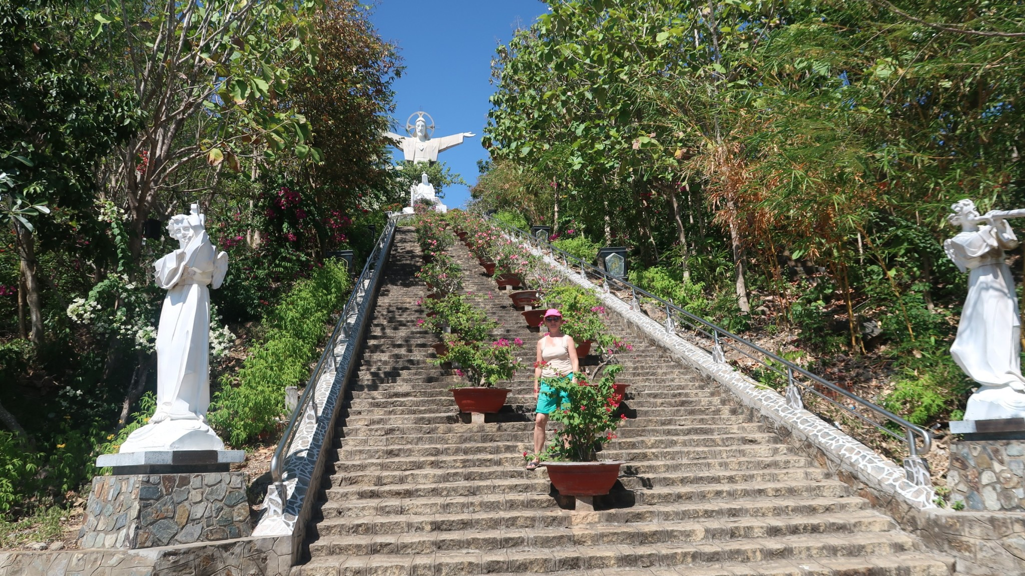 Vietnam - Christus am Berg