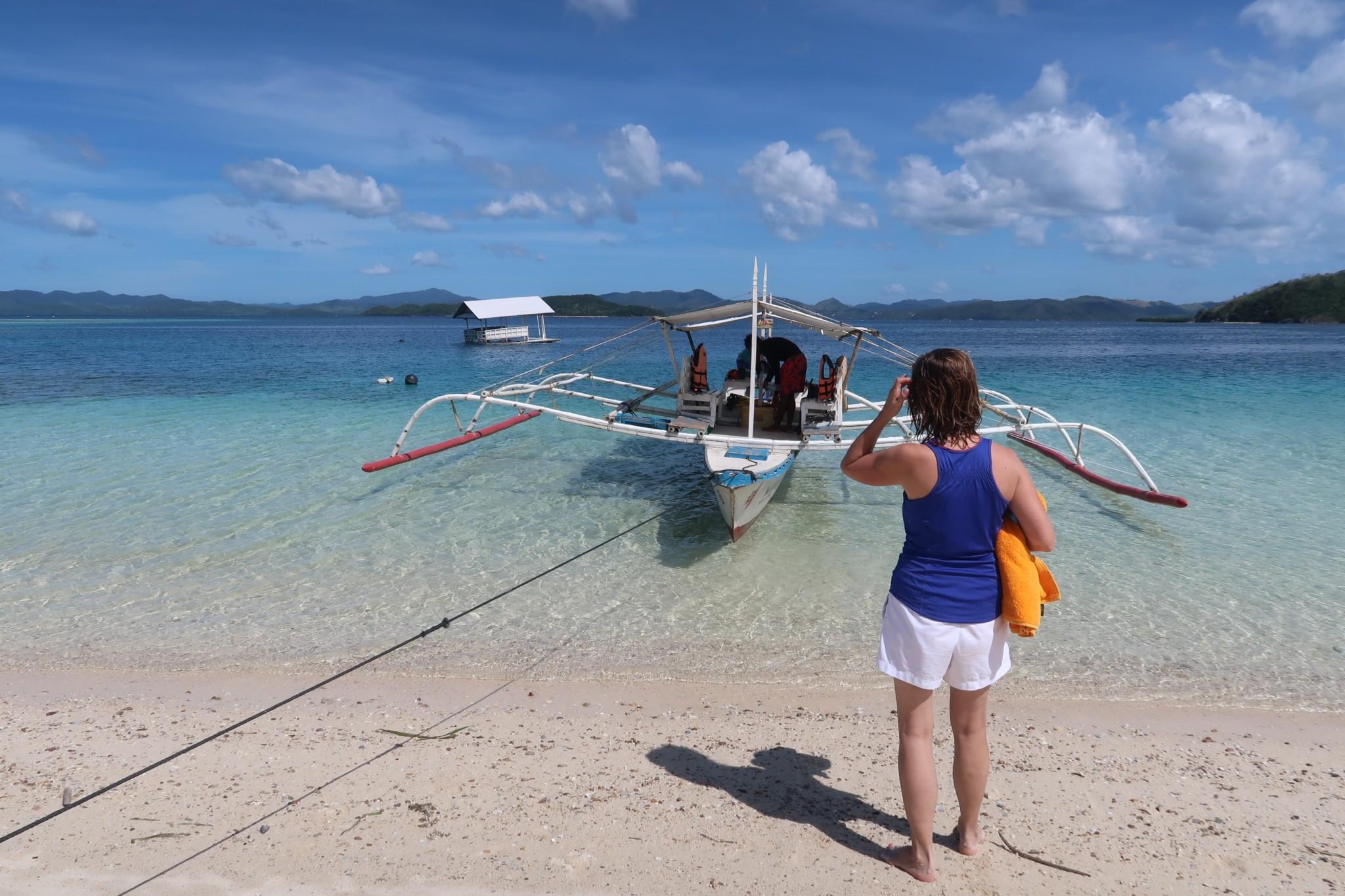 blaues Wasser auf den Philippinen - Reiseberichte