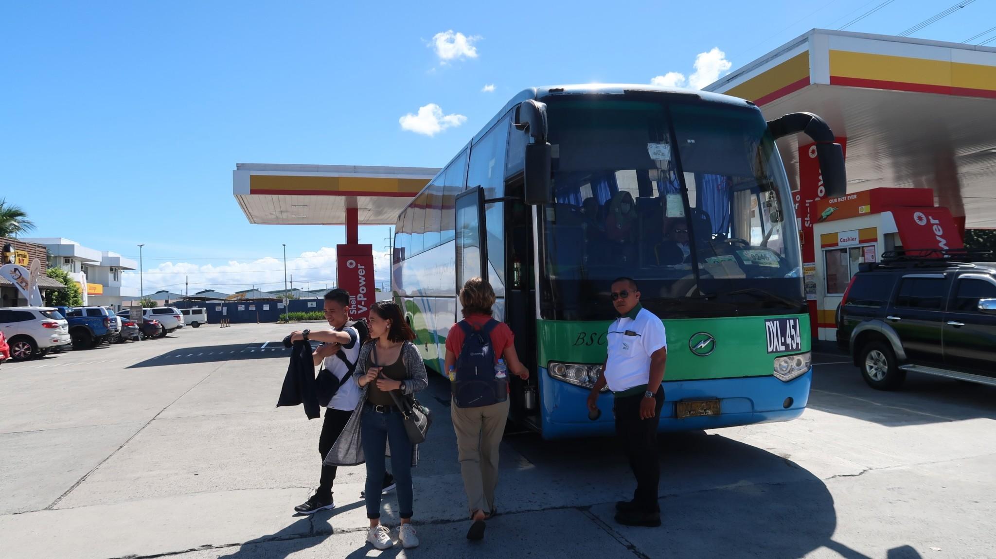 Bus von Talisay nach Manila