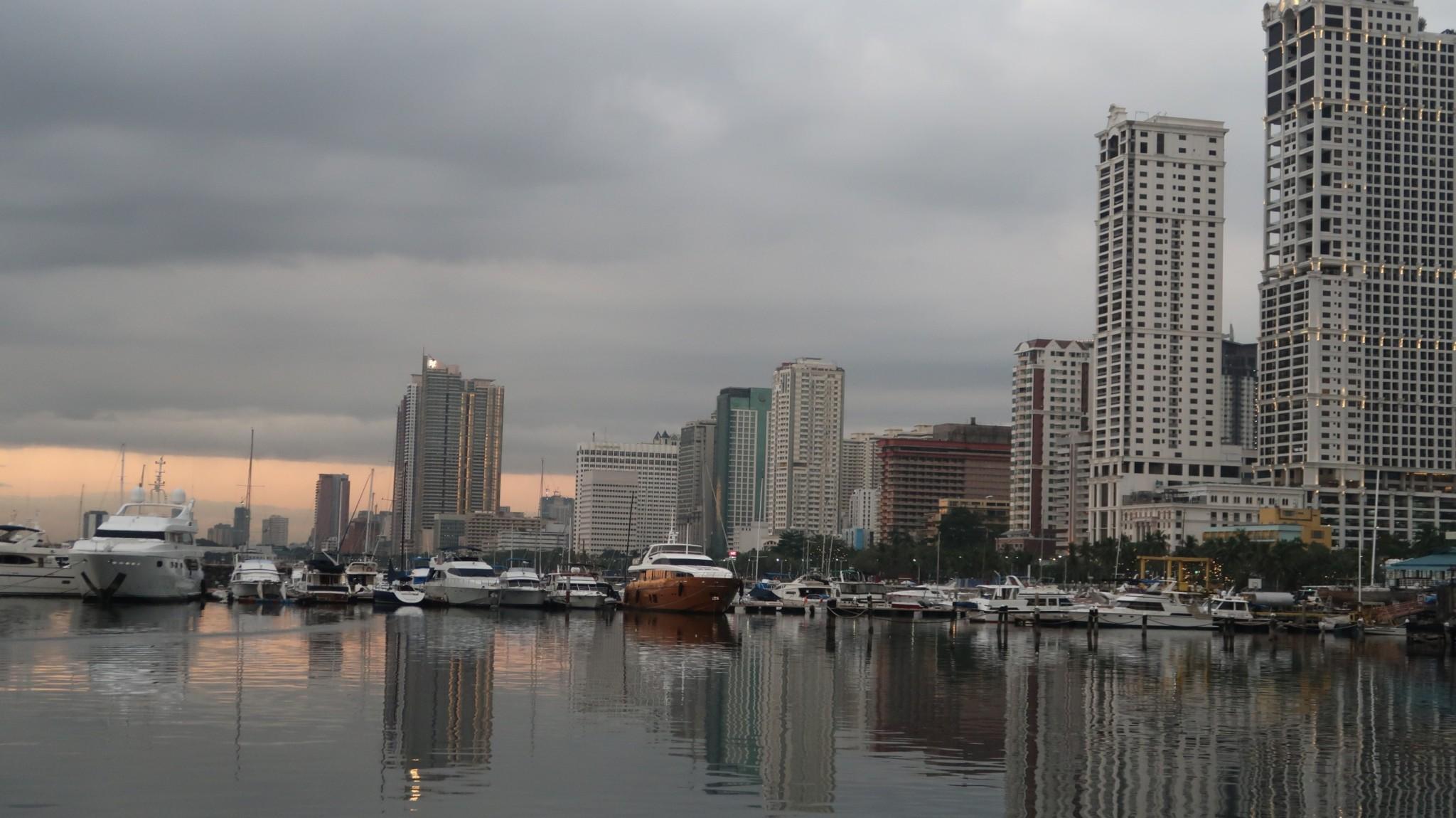 Hafen Manila