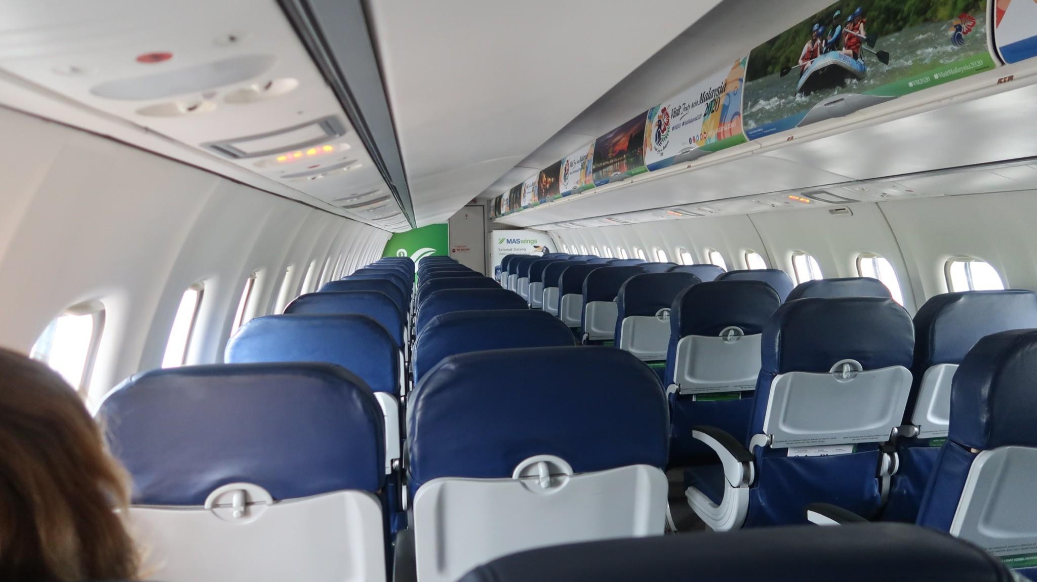 Freie Platzwahl im Flugzeit nach Kuching