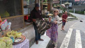 Sarong Pflicht Tempelbesuch